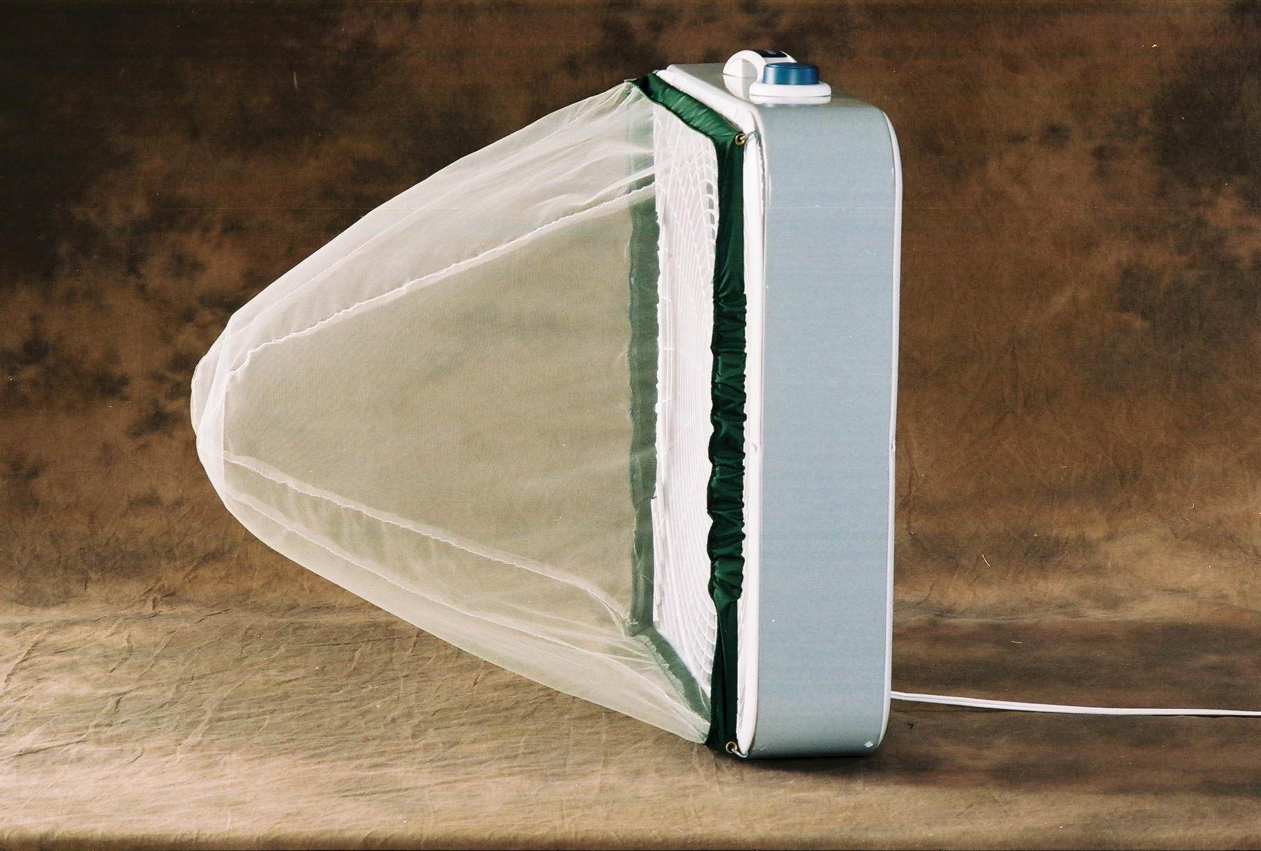 Skeeterbag on box fan